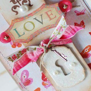 Love-Butterflies-detail