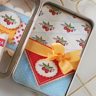 Strawberry-Notecards-5