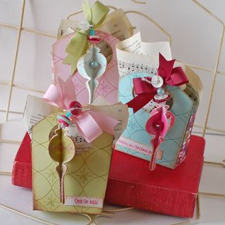 Ornament-Gift-Bags