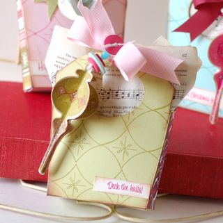 Ornament-Gift-Bags-green