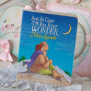 Moon-and-Stars-Baby-book