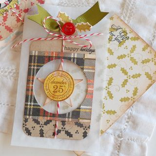 Holly-Gift-Card-Holders3