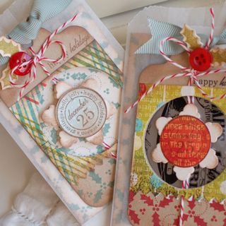 Holly-Gift-Card-Holders2