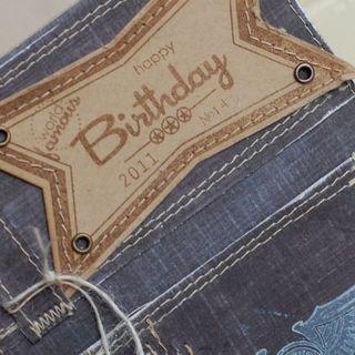 Birthday-Jeans-dtl2