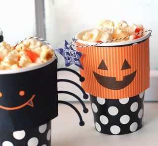 Treat-cups4