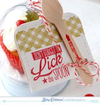 Cupcake-Snow-Globes3