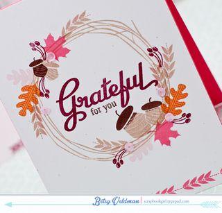 Grateful-Wreath-dtl