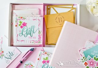 Pretty-Pink-Box-open2