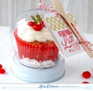 Cupcake-snow-globe4