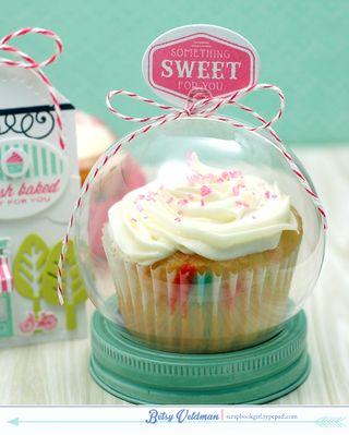 Fresh-Baked-cupcake