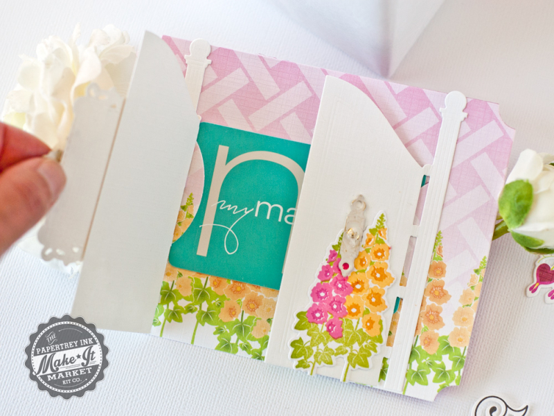 Gift-card-holder-inside